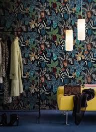 walls and trends fiori misteriosi per chi ama un look neodark anche nell u0027arredo