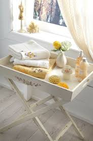Yellow Accessories For Bathroom by Best 25 Yellow Bathroom Accessories Ideas On Pinterest Yellow