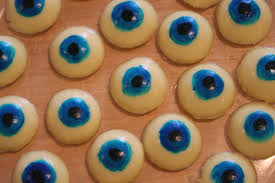 eerie eyeball snacks for halloween chica and jo
