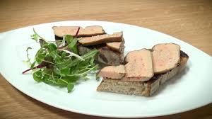 cuisiner le foie astuce de chef comment cuisiner du foie gras sans le dénerver