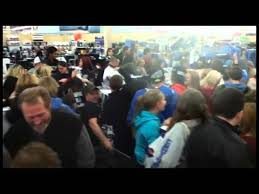 target palm desert black friday hours the 7 worst black friday horror stories and why you should stay