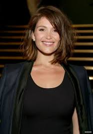 hairstyles with highlights for women over 50 15 gemma arterton hairstyles bangs styles updos and more