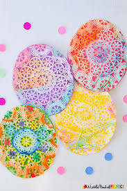 Easter Decorations Using Paper by Best 25 Paper Doily Crafts Ideas On Pinterest Paper Doilies