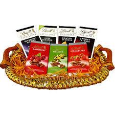 Gourmet Chocolate Gift Baskets Buy Lindt Dark And Milk Combo Chocolate Gift Basket 700 Gm Online