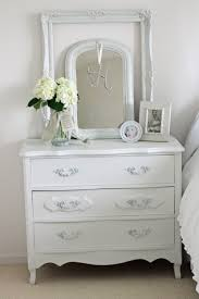 Shabby Chic Mirrors For Sale by Tips On Choosing A Dresser Mirror