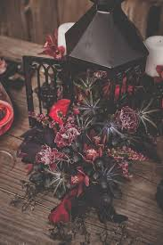 Cheap Halloween Wedding Decorations by Best 25 Red And Black Table Decorations Ideas On Pinterest