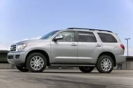 toyota suv sequoia 2018 toyota sequoia suv pricing for sale edmunds
