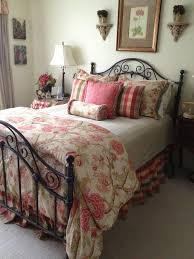 Country Bedroom Ideas On A Budget Bedroom Design Bedroom Decor Country Decorating Ideas