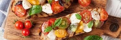 comment cuisiner la mozzarella c est la fêt a mozzarella en salade ou en tarte crue ou cuite