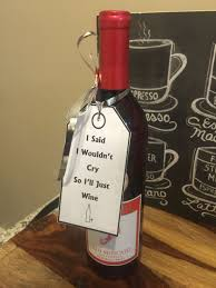 sending wine as a gift diy gift idea for someone that s leaving i gave this to a
