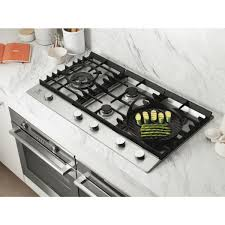 900mm Gas Cooktop Electrolux Ehg955sa 90cm Gas Cooktop At The Good Guys