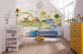 décoration winnie l ourson chambre de bébé stickers chambre bébé déco magique disney pour votre loulou