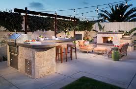 tropical outdoor kitchen design ideas u0026 remodel photos houzz