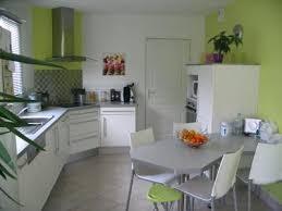 idee couleur cuisine idee de couleur de cuisine gallery of cuisine en bois clair ouverte