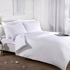 hannah white luxury seersucker duvet set julian charles