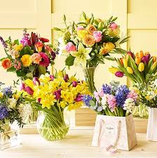 cut flowers flowers plants online free next day delivery m s