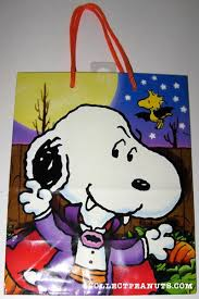 Halloween Gift Wrap - peanuts gift bags collectpeanuts com