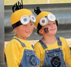 Minion Halloween Costume Ideas Essential Hallouween Actions Survive Night Court