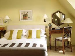 Simple Vanity Table Bedroom Simple Small Wooden Bedroom Vanity Table With Drawers