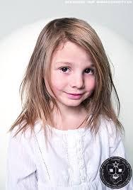 Frisuren Lange Haare F Kinder by Langes Haar Mit Leichten Stufen Kinder Frisuren Bilder Cosmoty De