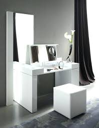 Bedroom Vanity Table With Drawers Makeup Vanities For Bedrooms With Lights Impressive Ideas Bedroom
