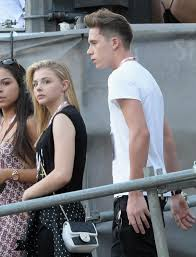 justin bieber and chlo grace moretz dating what if chloe grace moretz and brooklyn beckham reportedly inseparable at