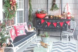 21 rustic front porch christmas decorating ideas 40 comfy rustic