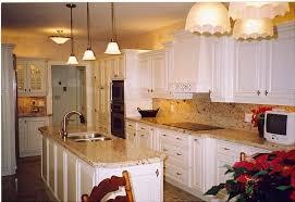 White Cabinets Granite Countertops Kitchen Impressionnant White Kitchen Cabinets With Brown Granite