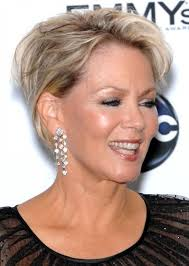 finding the best short hairstyles for women over 50 for lively