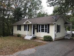 Cottages For Rent Near Me Sanford Me Real Estate Sanford Homes For Sale Realtor Com