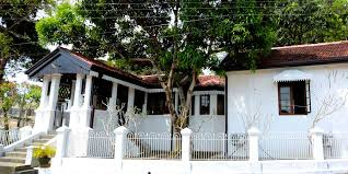 kandy hotels official site the secret kandy holiday bungalows