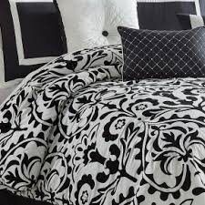 Black And White Queen Bed Set Queen Comforter Sets Bedding Bob U0027s Discount Furniture