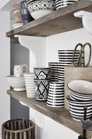 vaisselle de cuisine étagères ouvertes dans la cuisine 53 idées photos