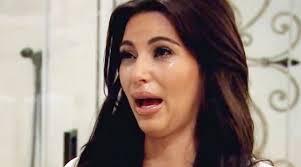 Memes De Kim Kardashian - la extraña cara de kim kardashian llorando ya tiene explicación