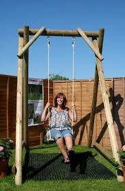 garden swings are a difference in the modern lifestyle