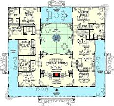 courtyard home plans courtyard style home plans 2 bedroom craftsman home plan courtyard