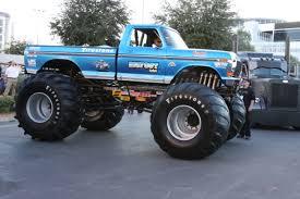 original grave digger monster truck the original monster truck
