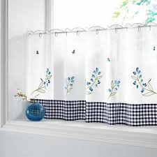 Curtain Designs For Kitchen by Best 25 Kitchen Curtain Designs Ideas On Kitchen