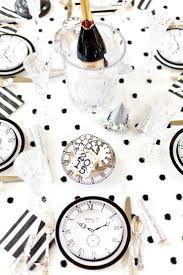 New Year S Eve Table Decorations Uk by Black U0026 White New Year U0027s Eve Party Birthdays