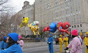 thanksgiving day parade 2014 sba interior designer serves as balloon handler for macy s