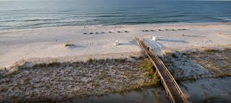Pet Friendly Beach Houses In Gulf Shores Al by Gulf Shores Hotels On The Beach Phoenix All Suites Hotels