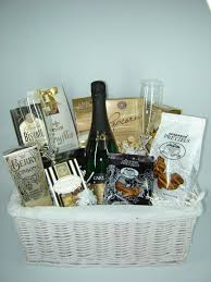 awesome wedding presents wedding gift best wedding gifts wedding gifts