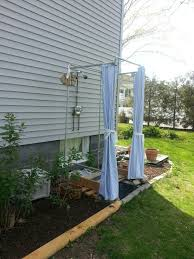 Outdoor Shower Cubicle - 16 diy outdoor shower ideas rainbows showers and camping