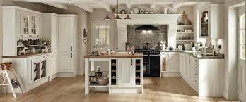 ivory kitchen ideas hartwell ivory howdens kitchen kitchen