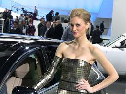 flashback video the hottest cars u0026 women of the 2010 detroit auto