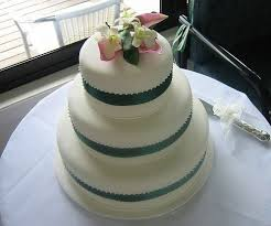 cheap cakes 60 best cheap wedding cakes images on cheap wedding