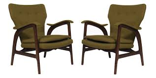 mid modern century furniture a pair of mid century chairs in the manner of vladimir kagan