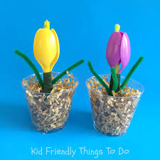 kid friendly thanksgiving crafts a plastic spoon spring flower craft for kids