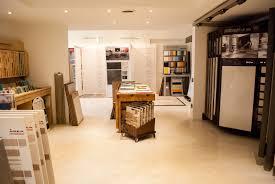esposizione piastrelle esposizione pavimenti e rivestimenti como di napoli ceramiche