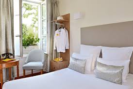 chambre d h e chinon hotel chinon 37 découvrez la chambre confort de l hôtel le